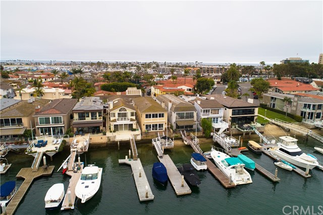 208 Via Lido Nord, Newport Beach, CA 92663