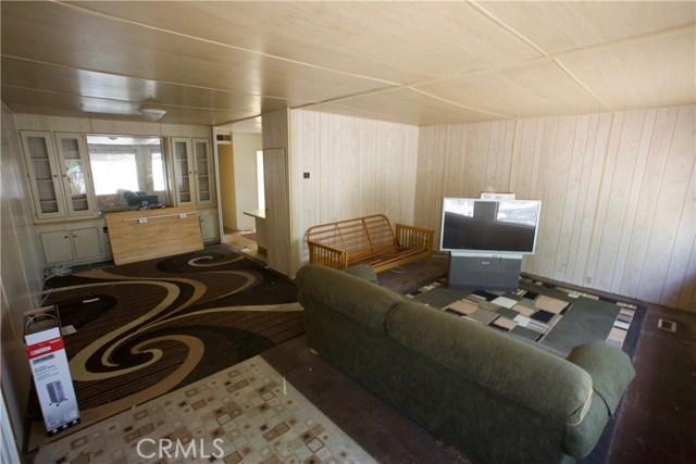 18291 Tereticornis Avenue, Lake Elsinore CA: http://media.crmls.org/medias/69d25013-e221-45d3-bb68-73bf3770614e.jpg