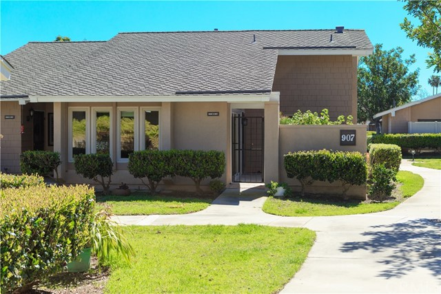 One of Huntington Beach 2 Bedroom Homes for Sale at 8565  Colusa Circle