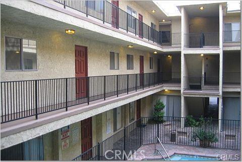 21219 Roscoe Boulevard 215  Canoga Park CA 91304