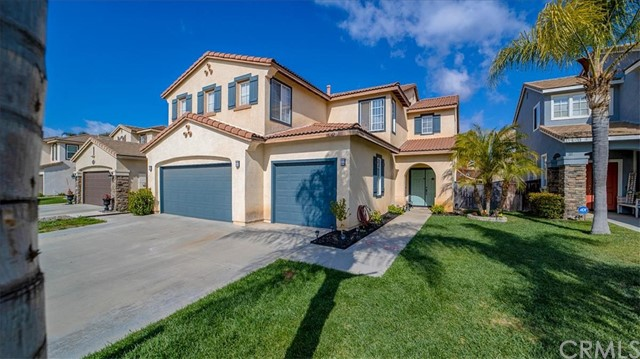 38042 Orange Blossom Lane, Murrieta CA: http://media.crmls.org/medias/69dc152d-e8c1-4554-ac1a-aa935967b48d.jpg
