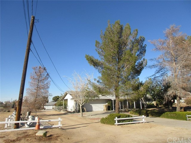 18372 Mojave Street Hesperia, CA 92345 is listed for sale as MLS Listing EV16757189