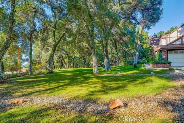 37170 Oak Grove Road, Yucaipa CA: http://media.crmls.org/medias/69e05fce-f60d-4654-8529-8459304384f0.jpg