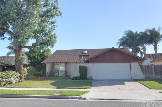 Single Family Home for Sale at 9632 Turtledove St Fountain Valley, California 92708 United States