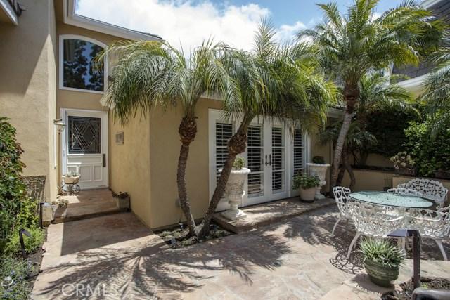 22 Rue Saint Cloud Newport Beach, CA 92660 - MLS #: NP18098262