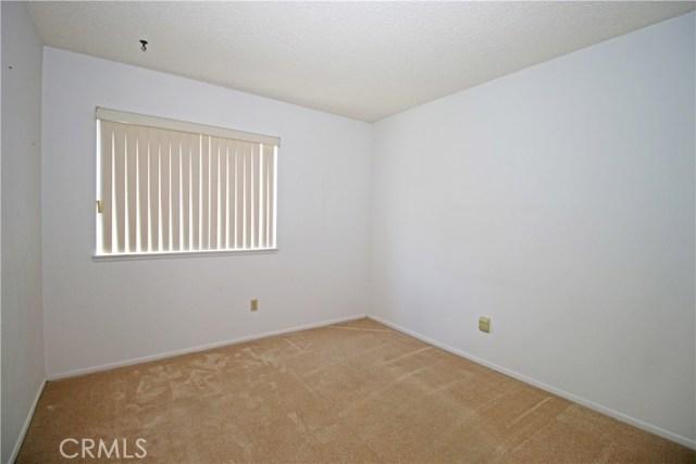 2235 SHERIDAN RD, San Bernardino CA: http://media.crmls.org/medias/69ed8e43-35d9-460b-b84b-7ef92809e522.jpg