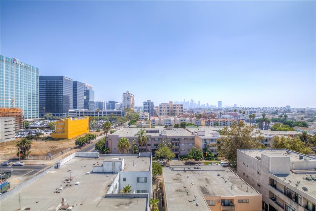 702 S SERRANO Avenue, Los Angeles CA: http://media.crmls.org/medias/69ef6497-317c-45aa-96e5-183b5ba15bc6.jpg