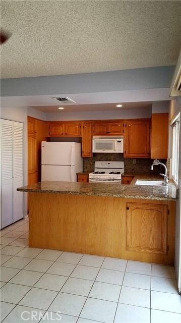 711 Archwood Ave, Brea CA: http://media.crmls.org/medias/69f23b5d-dc34-493b-8e1b-fed96c592f78.jpg