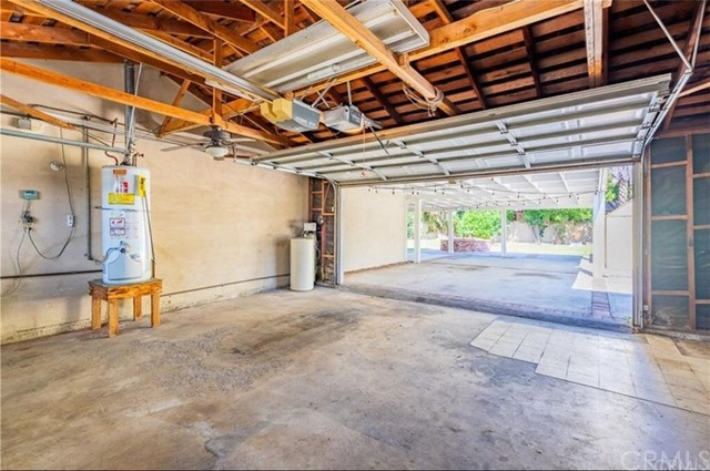 2209 E North Redwood Dr, Anaheim, CA 92806 Photo 14