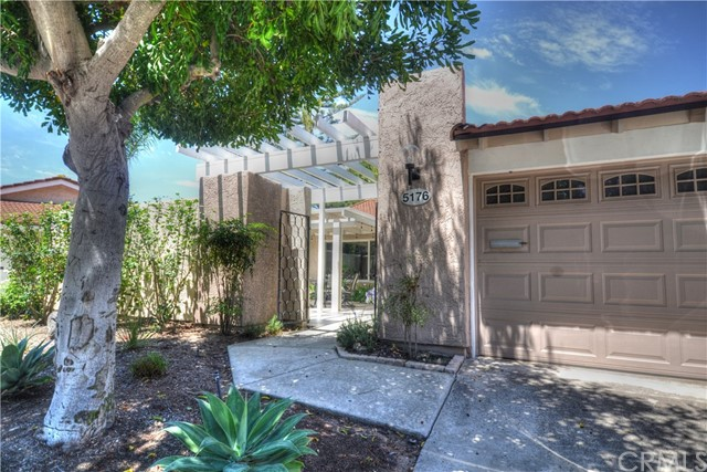 5176 Calzado, Laguna Woods, CA 92637 Photo