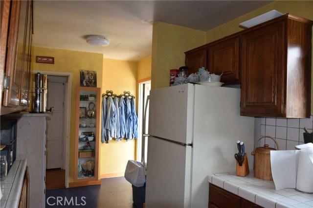 740 Maryland Street, El Segundo CA: http://media.crmls.org/medias/69fe2d1a-04c4-4440-bb3c-62157996e456.jpg
