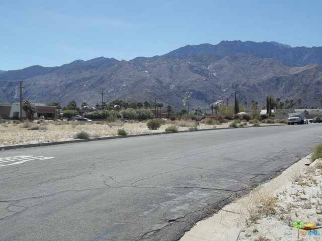 0 3 Lots-Vista Chino, Palm Springs CA: http://media.crmls.org/medias/6a06b6f4-2d0f-4362-96e4-7f4c32a56e9d.jpg