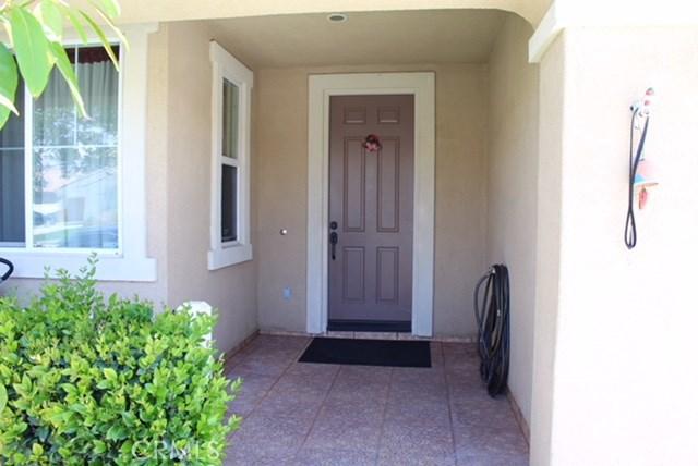 1130 Laurelhurst Heights, San Jacinto CA: http://media.crmls.org/medias/6a0bdde4-a95a-4d9c-b28c-da8a8c382beb.jpg