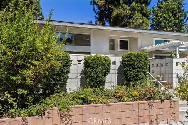 342 Avenida Sevilla, Laguna Woods CA: http://media.crmls.org/medias/6a12fd76-e7bc-4ddb-8ad8-52cc7dc93830.jpg