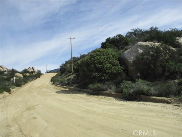991 Crazy Horse Canyon Road, Aguanga CA: http://media.crmls.org/medias/6a1b9248-18b5-4161-acc9-d22ecf69acac.jpg