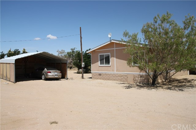 9876 Baker Road Lucerne Valley, CA 92356 - MLS #: TR17109446