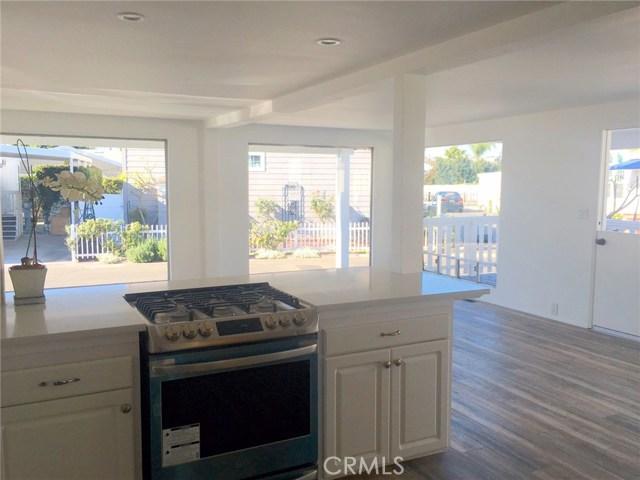 242 Lexington Circle, Newport Beach CA: http://media.crmls.org/medias/6a2ec2e6-09de-427a-b3ec-b4fd2fd125f9.jpg