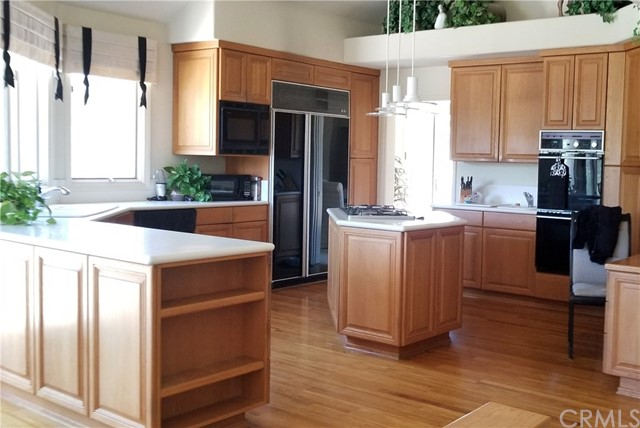 1902 Lemon Heights Drive, North Tustin CA: http://media.crmls.org/medias/6a374e8b-8be4-43bf-af41-9adde1931599.jpg