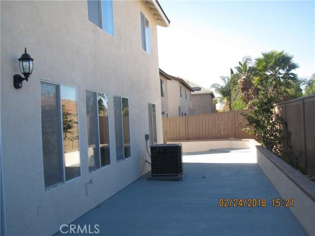 845 Pheasant Street, Corona CA: http://media.crmls.org/medias/6a3894b4-3e86-437a-a57c-5bbf3db6a283.jpg