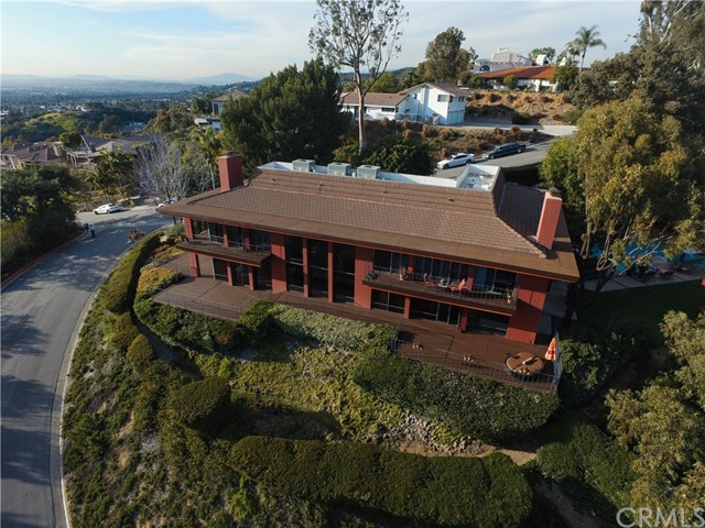 Single Family Home for Sale at 14064 Summit Drive Whittier, California 90602 United States
