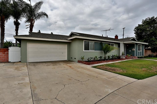 Single Family Home for Sale at 11562 Hanna St Garden Grove, California 92840 United States
