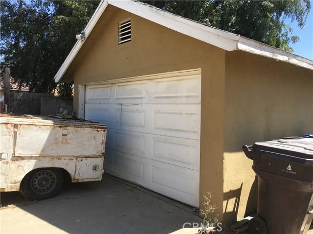 2994 2996 9th Street, Riverside CA: http://media.crmls.org/medias/6a5575b8-4427-458f-9b44-bece0afd0ddc.jpg