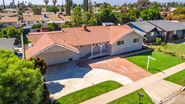 962 N Willow Avenue, Rialto CA: http://media.crmls.org/medias/6a5bfbc7-a150-4144-b3d0-970a13b690c5.jpg