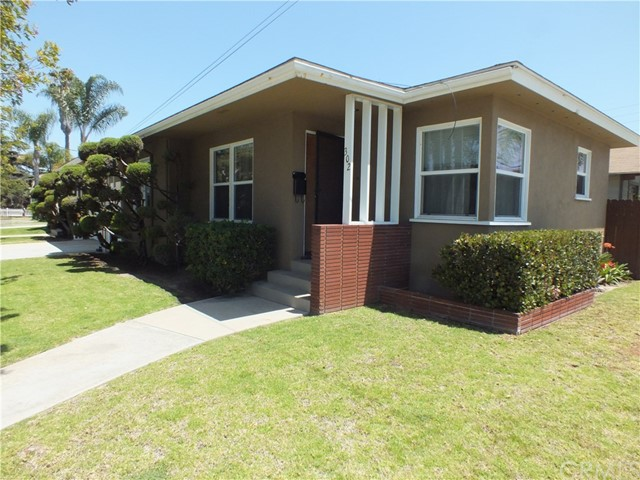 Open House Thursday 10am to 1:00pm...Welcome to 302 & 304 Newport Ave. Built 1953 Duplex, that shows like two little houses, separated by two garages. Each unit is approx 740 sqft, One bedroom and one bath. Beautiful hardwood floors. Dual pane windows, copper plumbing, quartz counter tops, dishwashers, tile flooring in the kitchens and bathrooms, ceiling fans, newer stoves, refrigerators, dishwasher and washers & dryers in each unit. Breakfast nook in the kitchens. Lots of storage, large picture window into your private back yard/patio, approx 400 sqft. Two private garages with a parking space in front of each garage totaling four parking spaces. Great curb appeal, sits on a corner lot approx 4,700 sqft at 3rd street and Newport Ave in Belmont Heights. This is a great property for the owner to live in or as a rental receiving strong rents because of the condition of the property and wonderful neighborhood of Belmont Heights. All this and just blocks away from restaurants, shops and entertainment, and the Pacific Ocean! This is the perfect location between Los Angeles and Orange County to enjoy the cool Pacific Ocean breezes and the small town feel of Belmont Heights!