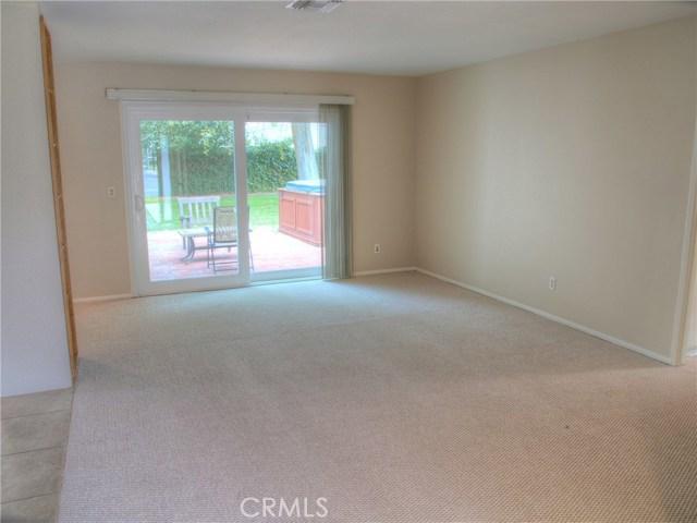 23457 Styles Street, Woodland Hills CA: http://media.crmls.org/medias/6a5e6fe7-247f-4196-ba5b-03d63def8725.jpg