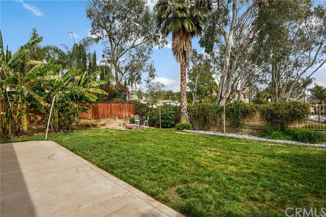 29145 Oak Creek Lane, Highland CA: http://media.crmls.org/medias/6a641a3d-88d5-4cbb-9a91-dd19938a560b.jpg