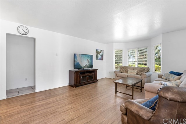 Detail Gallery Image 1 of 1 For 8301 Yorktown Ave, Huntington Beach, CA 92646 - 5 Beds | 3/1 Baths