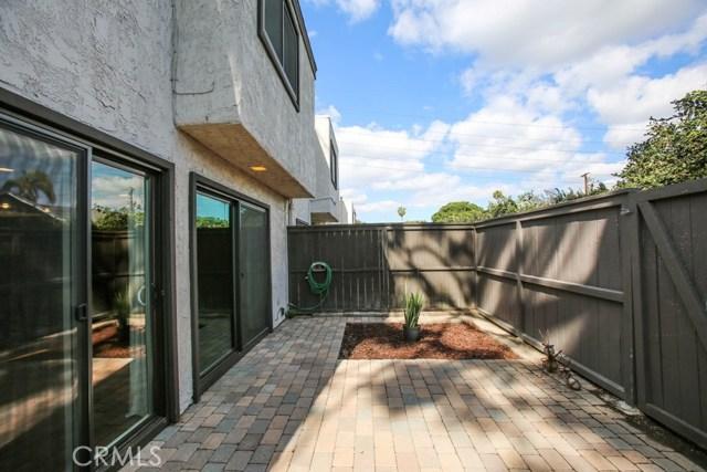 1667 S Heritage Cr, Anaheim, CA 92804 Photo 12