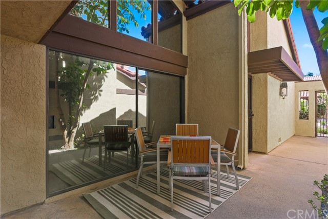 4851 Park Terrace Dr, Long Beach, CA 90804 Photo 2