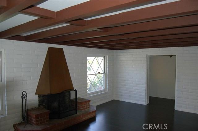 5940 Londonderry Drive, Riverside CA: http://media.crmls.org/medias/6a802d6d-6e88-46d5-be7b-52d5ec63a729.jpg
