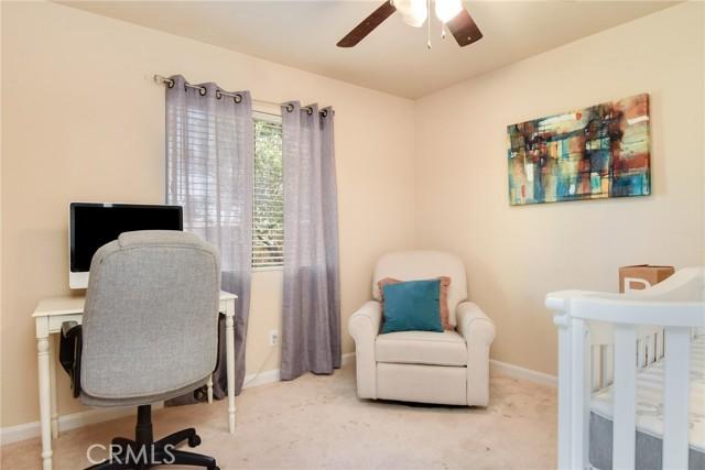 29145 Oak Creek Lane, Highland CA: http://media.crmls.org/medias/6a9cfe2a-8280-4ce9-9a9a-ce093f8d81d9.jpg