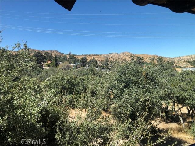 3353 Hwy 2, Pinon Hills CA: http://media.crmls.org/medias/6aa389da-9985-4794-be6e-a0796937e513.jpg