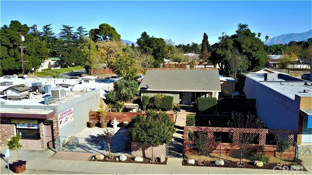 Single Family Home for Sale at 986 Beaumont Avenue Beaumont, California 92223 United States