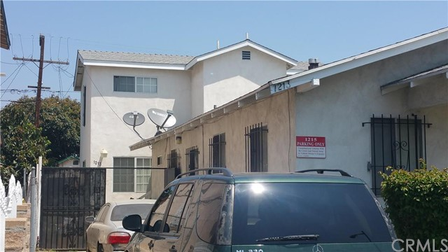 1215 77Th Place, Los Angeles, CA 90001