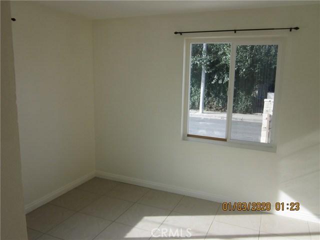 1050 W Walnut, Santa Ana CA: http://media.crmls.org/medias/6ab16621-cccb-4be0-b71f-032c346d8b4c.jpg