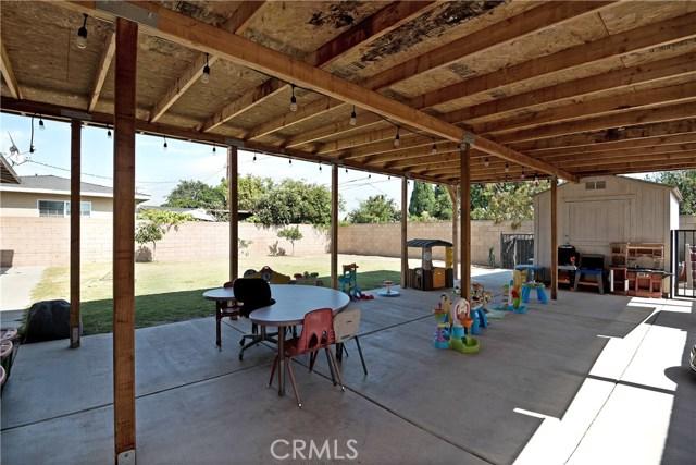 Great 1126 W Glenwood Place, Santa Ana, CA 92707