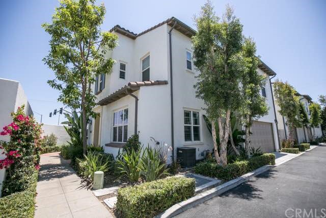 Condominium for Sale at 3000 W. Anacap St Anaheim, California 92801 United States