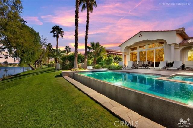 79840 Rancho La Quinta Drive, La Quinta CA: http://media.crmls.org/medias/6ad3d397-e160-42ee-8080-7cf0ab026840.jpg