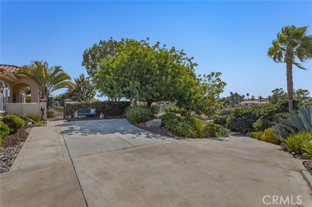 2710 Tres Lomas Court, Fallbrook CA: http://media.crmls.org/medias/6ad88da7-4085-4784-b826-09d4768711c0.jpg