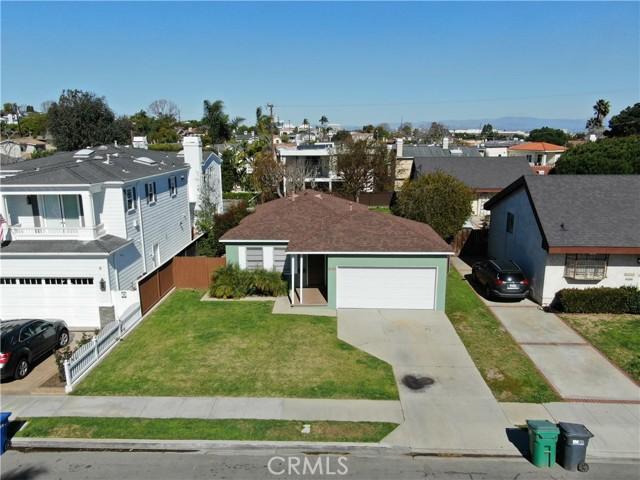 1311 18th Street, Manhattan Beach CA: http://media.crmls.org/medias/6ae9720c-fb3f-4da6-80f4-808a27276b59.jpg