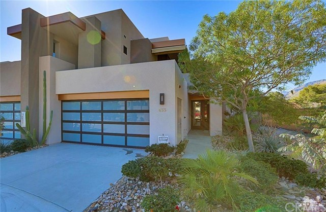 433 Avenida Caballeros Palm Springs, CA 92262 is listed for sale as MLS Listing 216008906DA