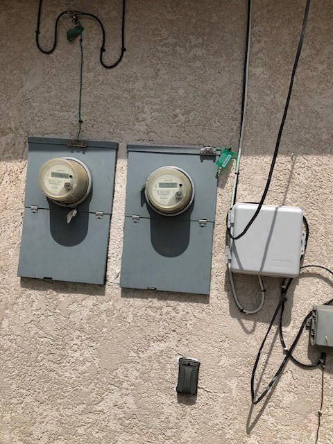 531 S Arizona, Los Angeles CA: http://media.crmls.org/medias/6b0dfeb9-1126-445e-a1af-1696aaaec4fc.jpg