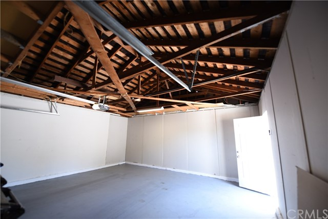 8515 Tampa Avenue Northridge, CA 91324 is listed for sale as MLS Listing AR18179332