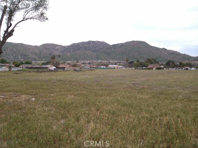 0 Alessandro Blvd, Moreno Valley CA: http://media.crmls.org/medias/6b12f87f-2090-4f56-b174-be2ad23ac7d3.jpg