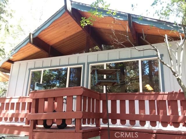 731 Bergschrund Drive, Crestline CA: http://media.crmls.org/medias/6b1c1e59-2bfd-4ad6-add1-7a76ae17125e.jpg
