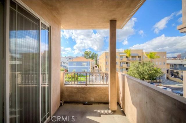 848 Irolo Street, Los Angeles CA: http://media.crmls.org/medias/6b1e895f-2cd1-4013-a69e-0954c47eb32f.jpg